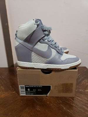 Nike dunk sky high size 6 for Sale in Buffalo, NY