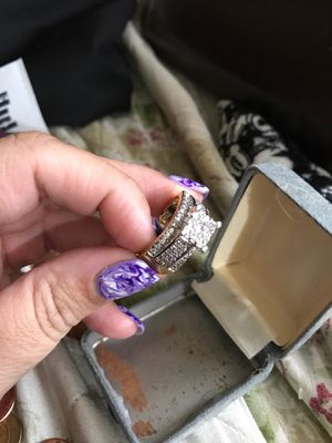 Ring for Sale in Rock Island, IL