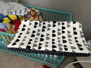 Changing table pad for Sale in Las Vegas, NV
