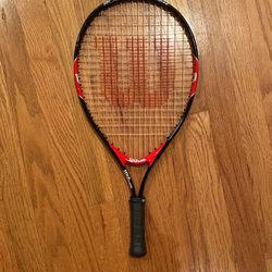 Youth 21 Tennis Racquet, Wilson Roger Federer for Sale in Bothell,  WA