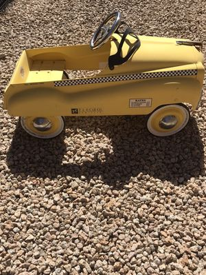 Collectible child car. Burns Novelty and Toy for Sale in Phoenix, AZ