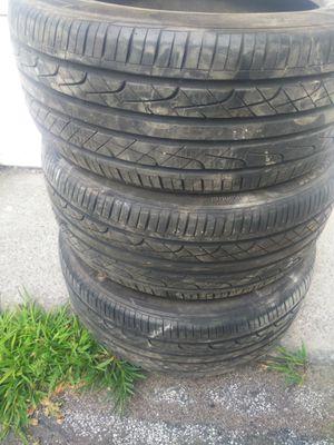 Hankook ventus 235/45r17 tires for Sale in Windsor Locks, CT