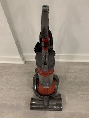 Dyson mini corded vacuum for Sale in Bellflower, CA