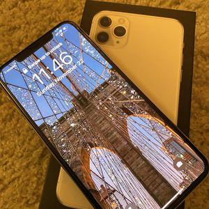 Iphone 11 Pro Max for Sale in Escondido, CA