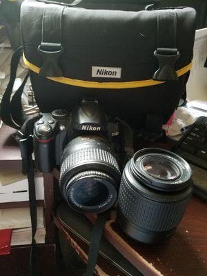 Nikon d3000 camera w/2 lenses for Sale in Aloma, FL