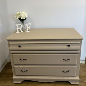 Dresser for Sale in Lawndale, CA
