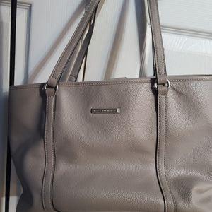 Women's handbags for Sale in Ashville, OH