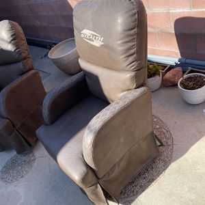 Toy Hauler Rocking Chairs for Sale in Rolling Hills Estates, CA