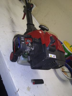 Gas powered weed eater for Sale in Stockton, CA