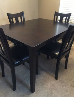 Kitchen table for Sale in Glendale, AZ