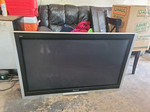 Panasonic 50 inch TV with wall mount for Sale in Ontario, CA