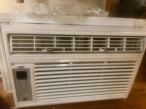 Arctic King Air Conditioner - 6,000 BTU for Sale in Edison, NJ