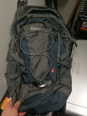 Gonex 40L hiking backpack for Sale in Seattle, WA