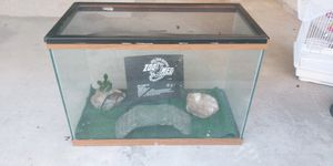 20 gallon teranium or aquarium for Sale in Pflugerville, TX