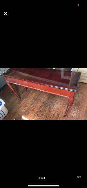 Console table for Sale in Woodbridge Township, NJ