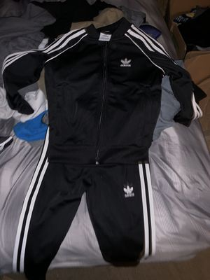 Adidas kids sweat suit for Sale in Phoenix, AZ