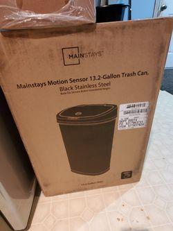 Mainstays motion sensor trash can for Sale in LAUREL PARK,  WV