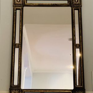 Antique Looking Mirror for Sale in Annandale, VA