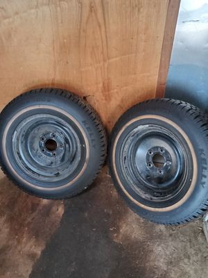 Two snow and mud tire looks new for Sale in Barnesville, PA