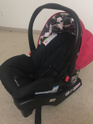 Car seat and booster seat for Sale in Sewickley, PA