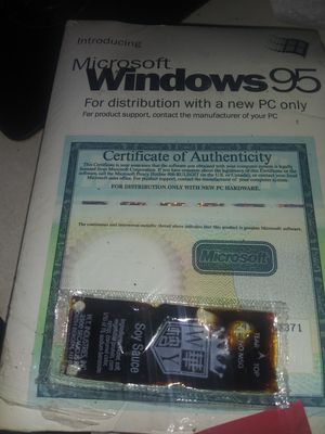 Windows 95 sealed with authentication number for Sale in Evesham Township, NJ