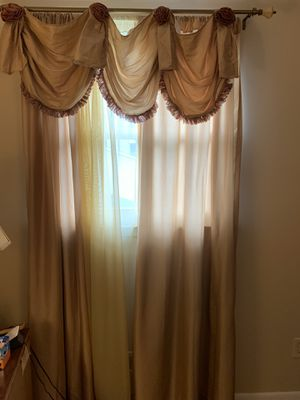 Curtains 10 piece set for Sale, used for sale  East Brunswick, NJ