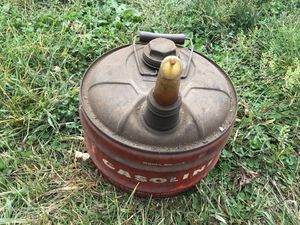 2.5 gallon vintage gas can for Sale in Bristol, CT