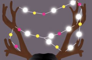 Roblox Royale high Light up antlers (virtual item) rare limited item for Sale in KS, US