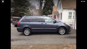 2008 Toyota Sienna for Sale in Stratford, CT