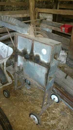 Corn sheller for Sale in Waterville, PA