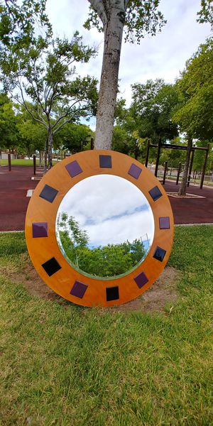 """47.5"""" Round Wall Mirror for Sale in North Las Vegas, NV"""