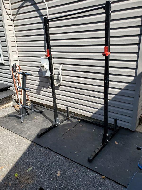 Brand new squat rack 500 lb capacity