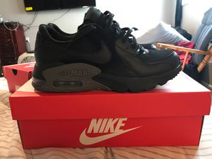 Air max Nike 4 pairs for Sale in Tacoma, WA