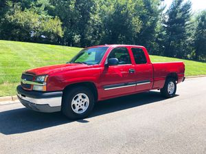 2005 CHEVY SILVERADO EXTENDED CAB 4.DOOR RUNS N LOOKS GREAT WITH LEAHTER for Sale in Gaithersburg, MD