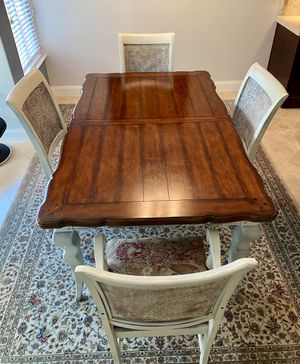 Table & Chairs for Sale in La Verne, CA