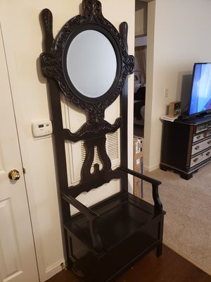 Hallway chair with extra storage for Sale in Jersey City, NJ