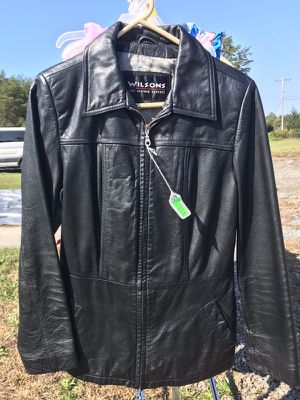 Wilsons Leather Jacket (Ladies, Black, size Medium) for Sale in Rustburg, VA