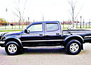 ֆ14OO 4WD Toyota Tacoma 4WD for Sale in Hastings, NE
