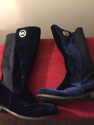 Girls Navy Blue MIchael Kors boots Size 5 for Sale in Charlotte, NC