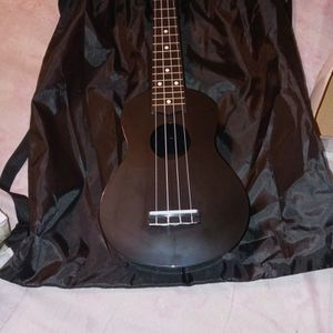 Kmise Ukulele for Sale in Columbia, SC