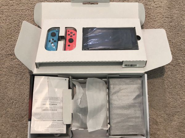 Nintendo Switch + 4 Big Games + Pro controller + FREE 128GB SD CARD and Carrying Case