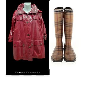 Burberry rain coat and boots for Sale in Greenacres, FL