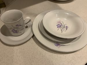 Dish Set / Dinnerware (Serving for 8) China Pearl Stone Ware for Sale in Fort Myers, FL