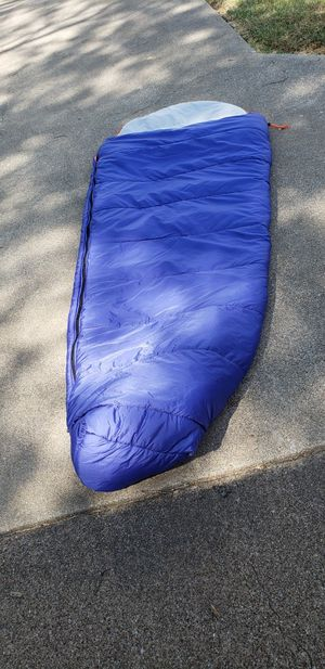 Zero degree sleeping bag for Sale in Euless, TX