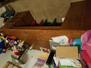Desk wood FREE for Sale in Raleigh, NC