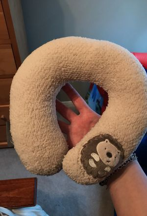 Eddie Bauer infant neck pillow for Sale in Cypress, TX