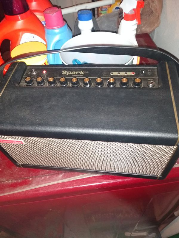 Spark Guitar Amp With Bag
