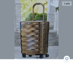 """Hartmann Excelsior Gold Carry-on Spinner Suitcase Luggage Polycarbonate 22"""" for Sale in Pompano Beach, FL"""
