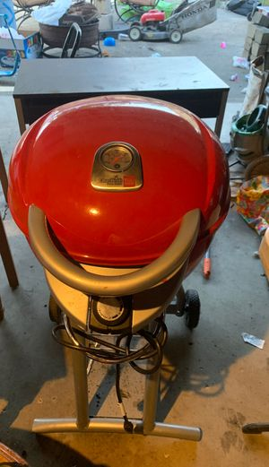 Electric bbq grill like new for Sale in Des Plaines, IL