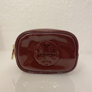 Tory Burch Patent Leather Logo Cosmetic / Makeup Bag In *MINT Condition* for Sale in Miami, FL